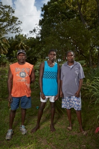 2014_may17_angurugu_portraits_serena_jayde_gregory0613_p_lr